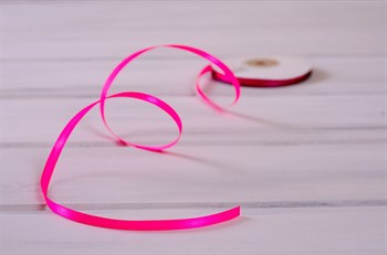 Лента атласная, 6 мм, ярко-розовая, 1 м - фото 7905