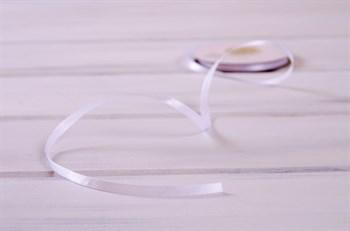 Лента атласная, 6 мм, белая, 27 м - фото 7922