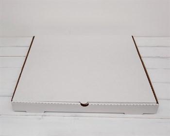 Коробка из плотного картона 41х41х4 см, белая - фото 9341