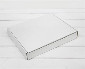 Коробка плоская 29х24х4,5 см, белая