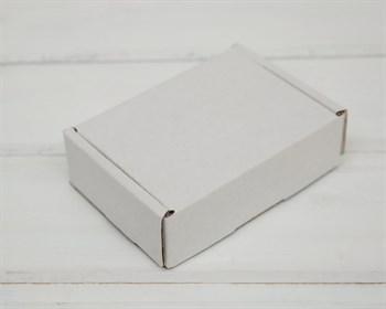 Коробка маленькая, 10х7,5х3 см, из плотного картона, белая