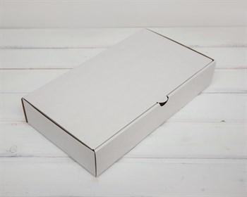 Коробка 33х18х6 см из плотного картона, белая