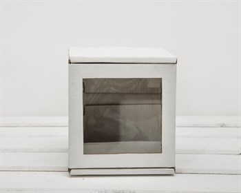 Коробка с окошком, 12х12х12 см, из плотного картона, белая