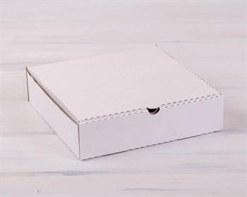 Коробка для пирога 24х24х6 см из плотного картона, белая