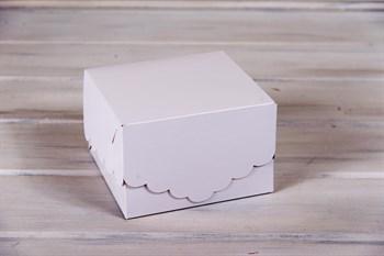 Коробка для капкейков/маффинов на 4 шт, с кружевом, 17х17х11 см, белая